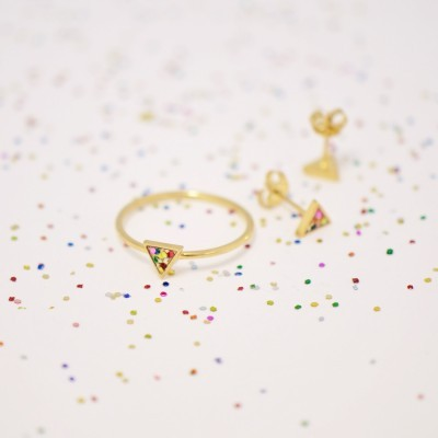 triangle ring and studs gold colorful glitter2