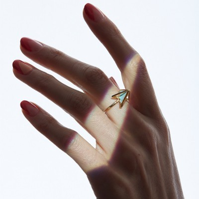 pyramid ring worn1