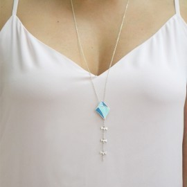 long kite necklace